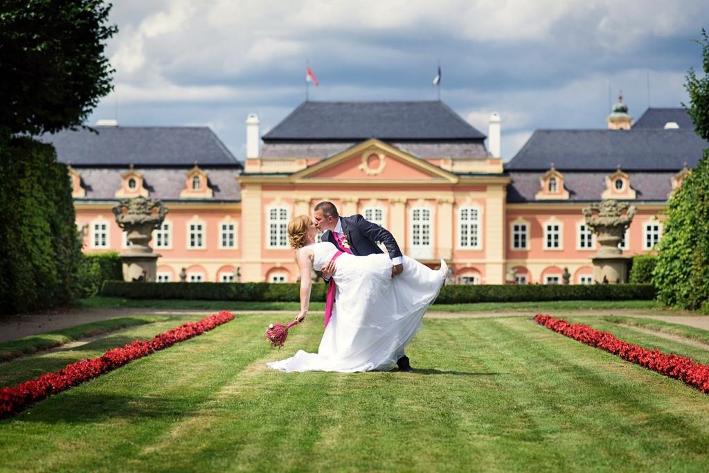 svatba na zámku Dobříš, penzion Smolotel